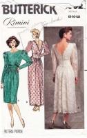 Butterick 4902 V-Back Ruched Dress  Sewing Pattern 8-12 B31-34 Uncut