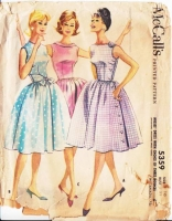 McCalls 5359 Mad Men Full Skirt Side Button Sleeveless Dress Sewing Pattern 10 B31