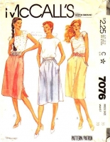 McCalls 7076 Front or Side Button Skirt Sewing Pattern 16 Waist 30 Used