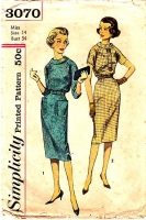 Simplicity 3070 1950s Raglan Sleeve, Roll Collar Dress Sewing Pattern 14 B34 Used