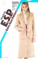 Simplicity 5692 Slim, Knee Length Skirt & Blazer Jacket Sewing Pattern 6-10 B30-32 Uncut