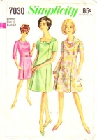 Simplicity 7030 Plus Size 1960s Women's Square Neck A-Line Dress Sewing Pattern 50 B52 Used