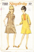 Simplicity 7202 Front Loop & Button Closure A-Line Dress Sewing Pattern Juniors 13 B33 Used
