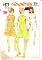 Simplicity 7471 V-Neck 1960s Romper, Jumpsuit, & Playsuit Sewing Pattern 14 B36 Used