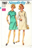 Simplicity 7807 Mod Ring Collar, Shaped Bodice 1960s Dress Sewing Pattern Plus Size 18½ B41 Used