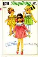 Simplicity 8019 Child's Cute Finger Tip Length 1960s Dress Sewing Pattern 6X Used
